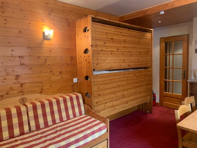 Studio for 3 people located in Val d'isère 500m...