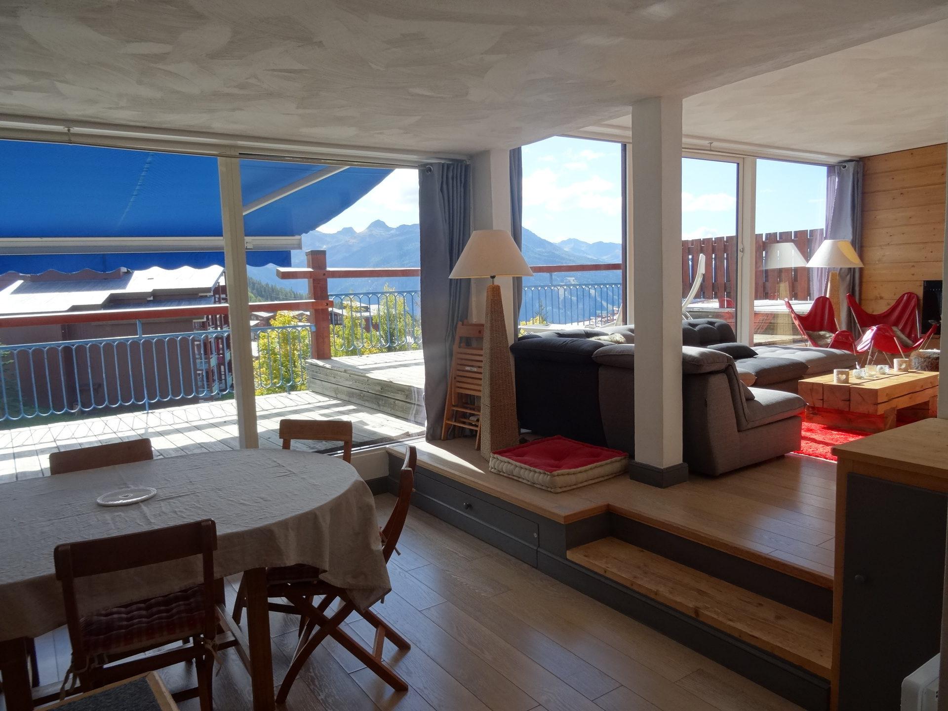 Très bel appartement de 5 pièces, avec terrasse...
